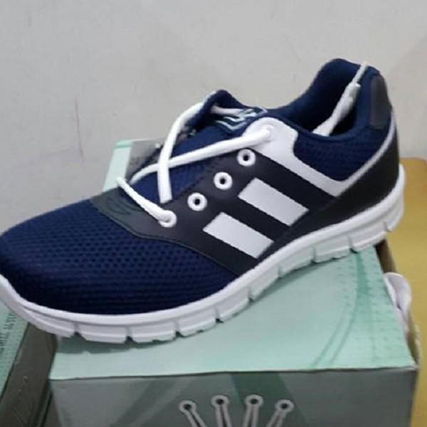 Rubber Shoe, item 112BLU, Made in Taiwan